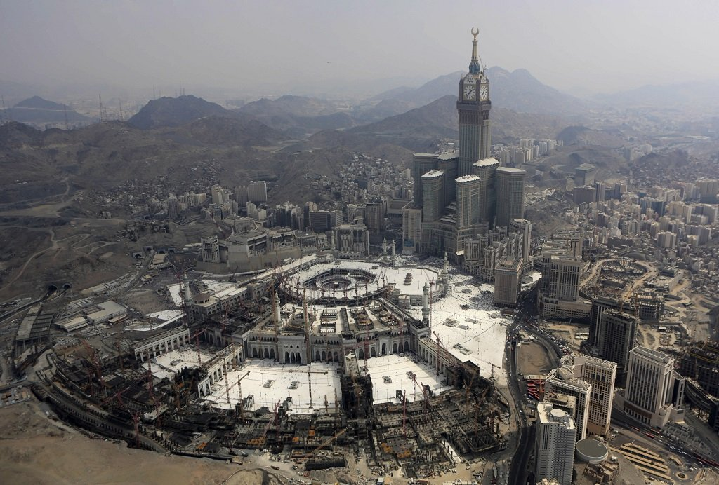 a journal of my trip to saudi arabia and pilgrimage to makkah Latest travel advice for saudi arabia including for pilgrimage there's no option to fly to makkah between ritual sites the saudi government imposes.